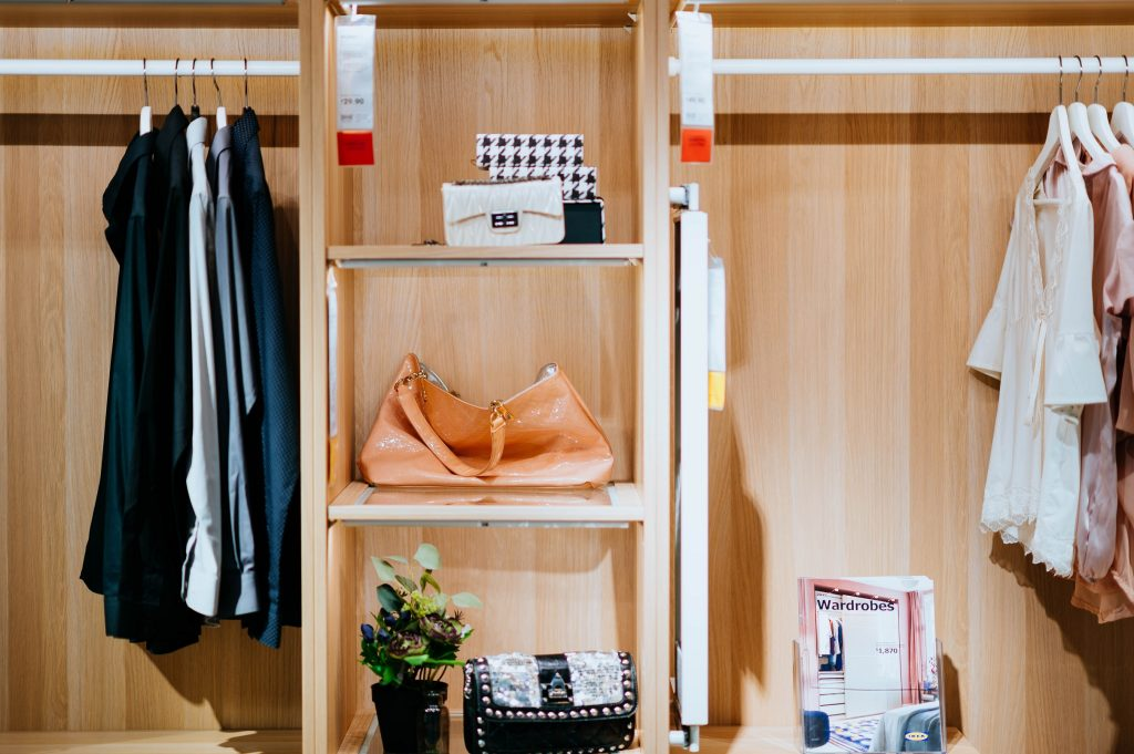 Keep Your Closet Functional with Proper Shelving