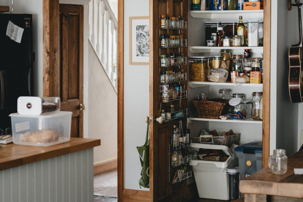 Keeping an Apartment Kitchen Organized: Part 2